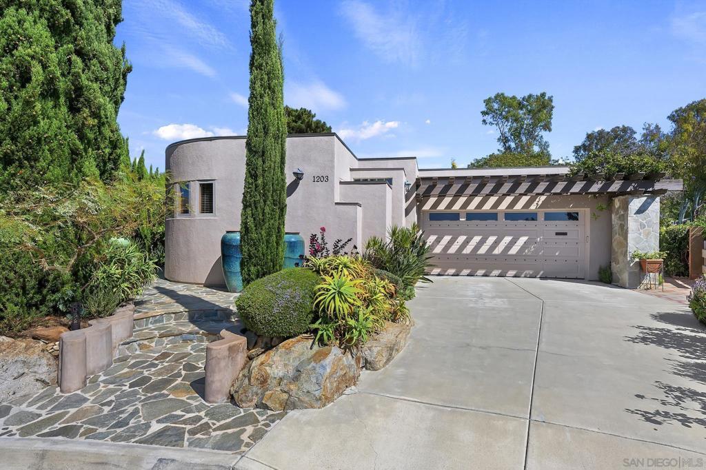 Photo of 1203 SAN JULIAN PLACE, San Marcos, CA 92078