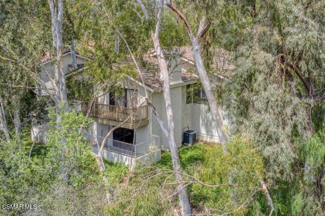 22. 6450 Winona Court Oak Park, CA 91377