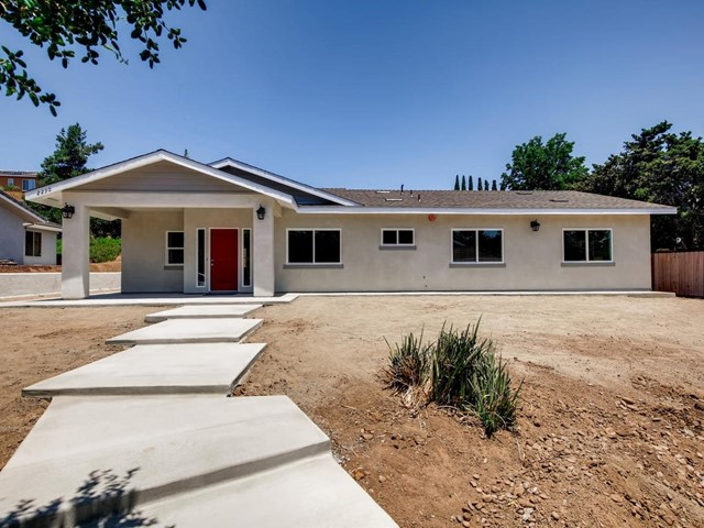 2230 Sunset Dr., Escondido, CA 92025