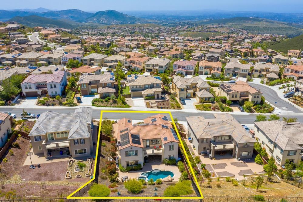 967 Tucana Drive San Marcos, CA 92078