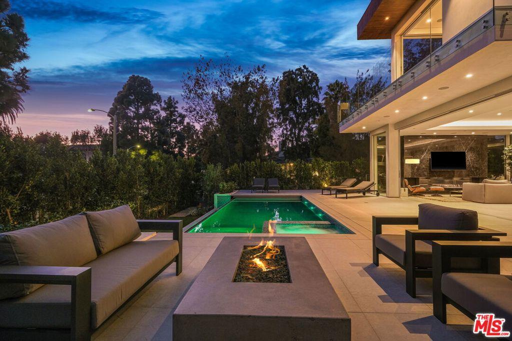 Photo of 1410 Georgina Avenue, Santa Monica, CA 90402