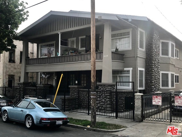 1654 W 12TH Place, Los Angeles, CA 90015