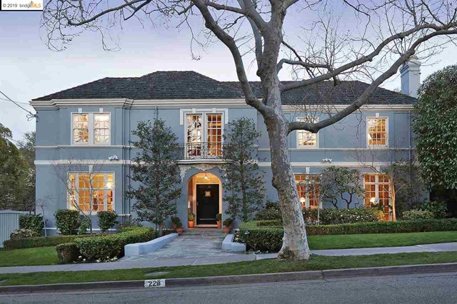 228 Sea View Ave, Piedmont, California 94610, 4 Bedrooms Bedrooms, ,4 BathroomsBathrooms,For Sale,Sea View Ave,40857017