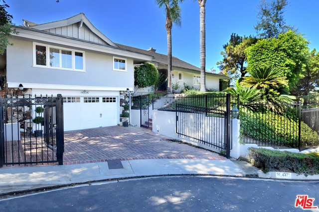 4371 CLEAR VALLEY Drive, Encino, CA 91436