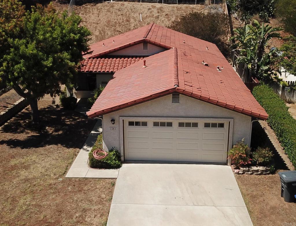 1081     Avenida Campana, Fallbrook CA 92028
