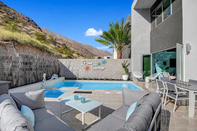 1309 Surrey Lane, Palm Springs, CA 92264