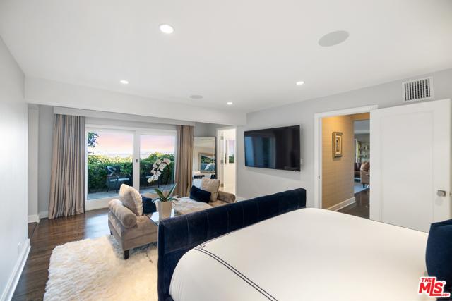 14. 1478 Stebbins Terrace Los Angeles, CA 90069