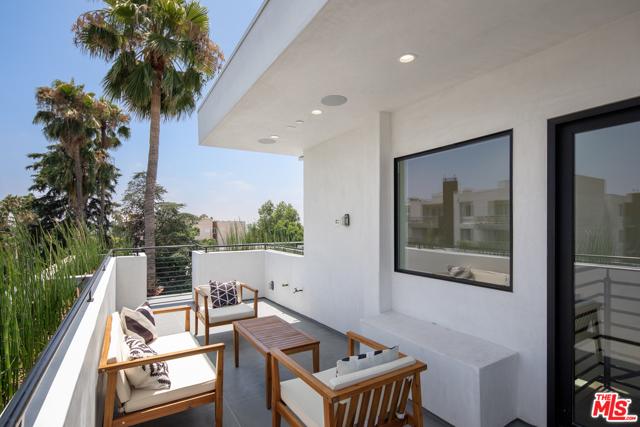 Image 14 of 1447 N Martel Heights Dr, Los Angeles, CA 90046