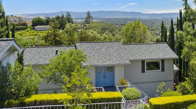 10401 Observatory Drive, San Jose, CA 95127