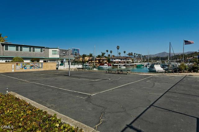 20. 1239 Seafarer Street Ventura, CA 93001