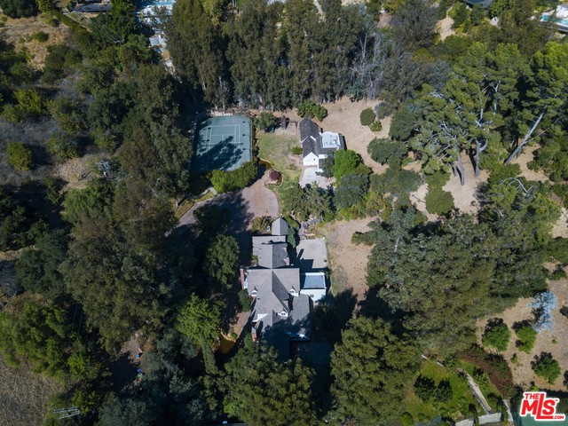 9855 Deep Canyon Place, Beverly Hills, CA 90210
