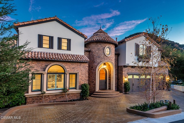 Photo of 2102 Trentham Road, Thousand Oaks, CA 91361