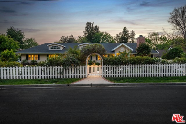 Photo of 4263 Forman Avenue, Toluca Lake, CA 91602