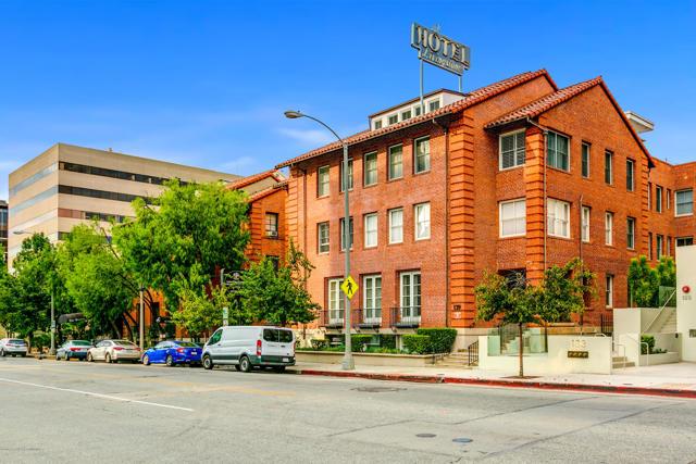 139 Los Robles Avenue, Pasadena, California 91101, 1 Bedroom Bedrooms, ,1 BathroomBathrooms,Residential,For Sale,Los Robles,819004800