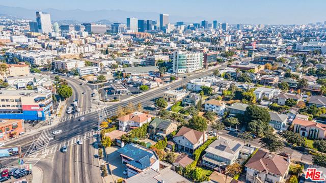 Image 8 of 1023 S Wilton Pl, Los Angeles, CA 90019