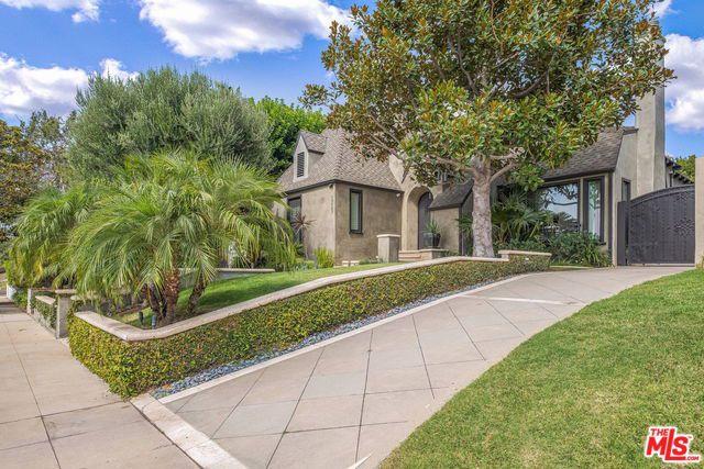 10527 KINNARD Avenue, Los Angeles, CA 90024
