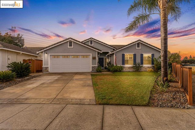 Well maintained and upgraded throughout single story with 4 bedrooms and 5th currently used as den. Formal dining and living rooms with 2 way fireplace to family room. Fully remodeled eat in kitchen with upgraded Viking appliances. Ultimate privacy on a large lot with solar heated pool, no rear or right side neighbors. Backyard has low maintenance concrete and artificial grass with shed for additional storage. Close to shopping, parks, trails and restaurants. Please see property website for more photos,  video and 3d tour: http://www.1370arlingtonway.com/?mls  This will go very fast book your private showing today!