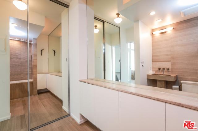 8787 Shoreham Drive, West Hollywood, California 90069, ,1 BathroomBathrooms,Condominium,For Sale,Shoreham,20661704