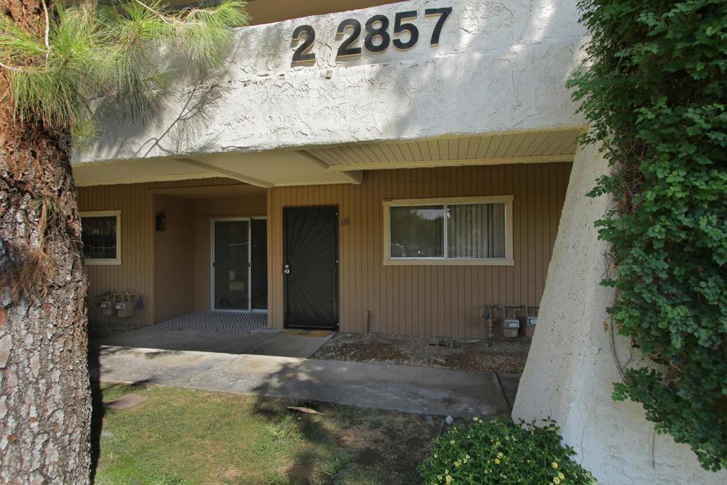 2857   N Los Felices Road   110, Palm Springs CA 92262