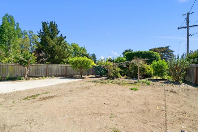 23. 929 Bay Street Santa Cruz, CA 95060