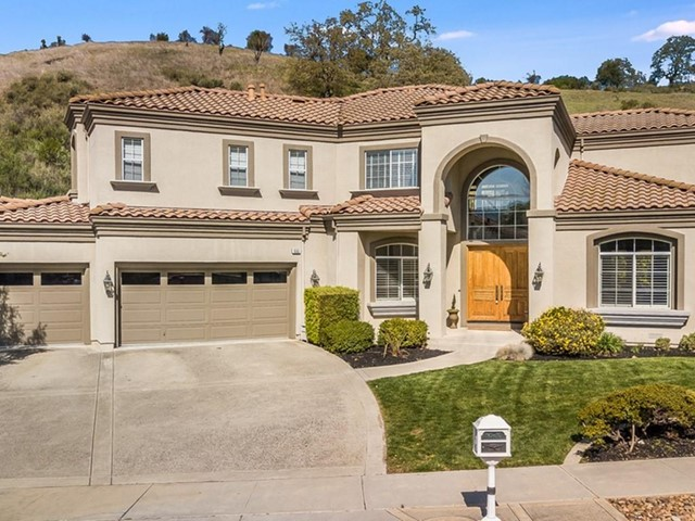6565 Stonehill Drive, San Jose, CA 95120
