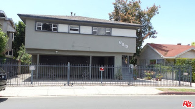 6612 DE LONGPRE Avenue, Los Angeles, CA 90028