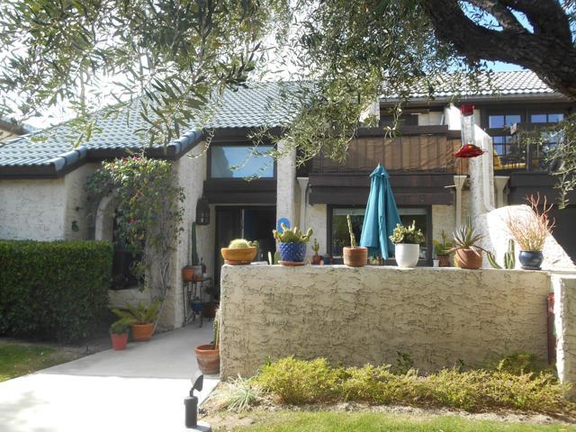 15 Pueblo Vista Street, Palm Springs, CA 92264