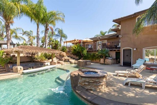 8850 W Lilac Rd, Escondido, CA 92026