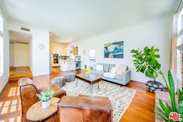 8. 5329 E Coralite Street Long Beach, CA 90808