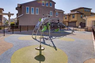 25. 5933 Sunstone Drive #403 San Jose, CA 95123