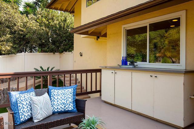 706 Flores de Oro, South Pasadena CA: https://media.crmls.org/mediaz/2ECF777D-CC15-4FF0-97FD-B4375CC8B377.jpg