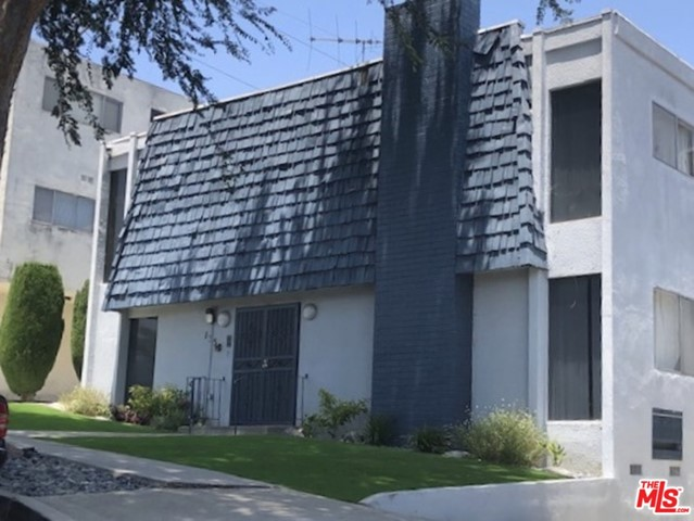 135 W 64Th Place, Inglewood, CA 90302