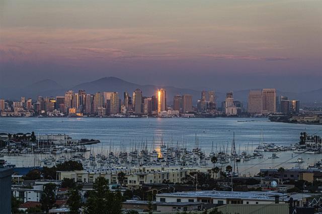 1122 Akron Street, San Diego, CA 92106