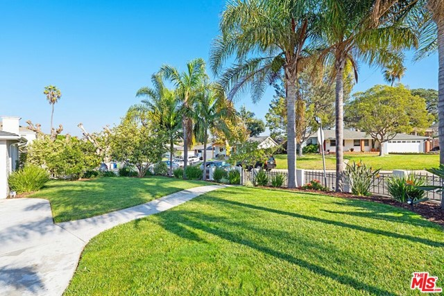 Image 2 of 8035 Kittyhawk Ave, Los Angeles, CA 90045