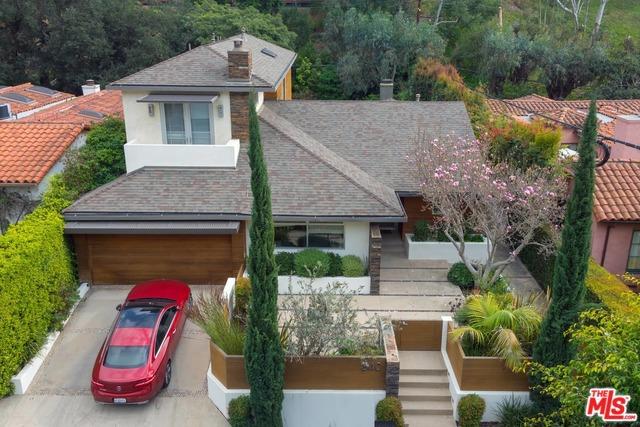 340 N SKYEWIAY Road, Los Angeles, CA 90049