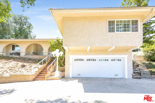 This Pomona one-story home offers granite countertops, and a two-car garage. This home has been virtually staged to illustrate its potential.