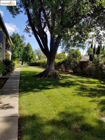74 Meadowbrook Ave, Pittsburg, CA 94565
