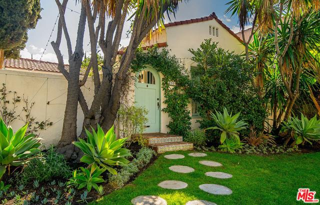950 S Muirfield Rd, Los Angeles, CA 90019
