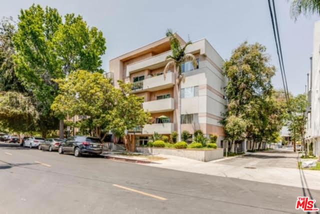 14245 Dickens Street 104, Sherman Oaks, CA 91423