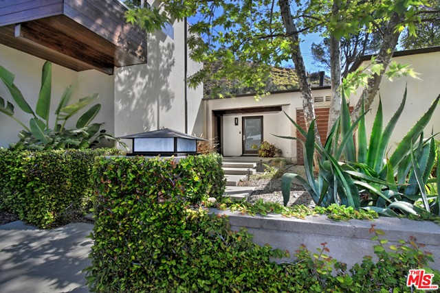 3. 1262 N Norman Place Los Angeles, CA 90049