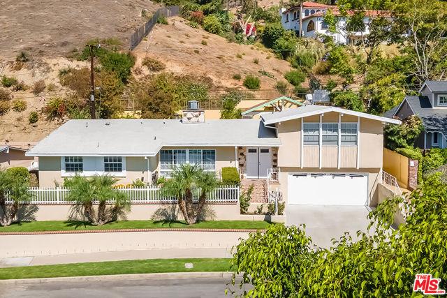 1018 N Sunset Canyon Drive, Burbank, CA 91504