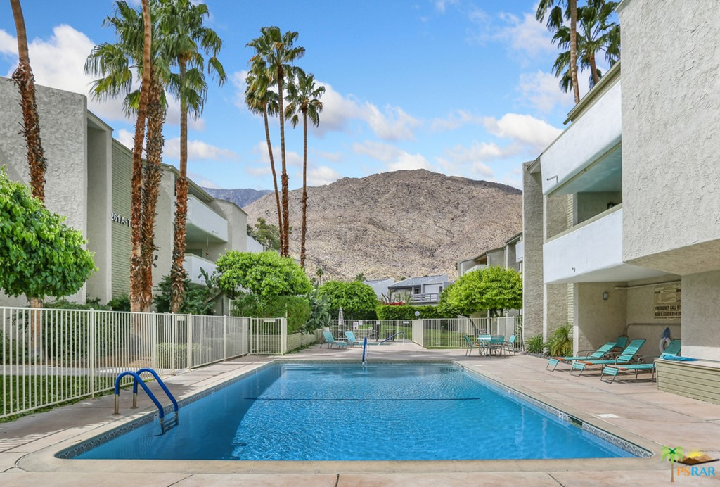241 E La Verne WAY #D, Palm Springs, CA 92264 – 21706254 - Paul Kap...