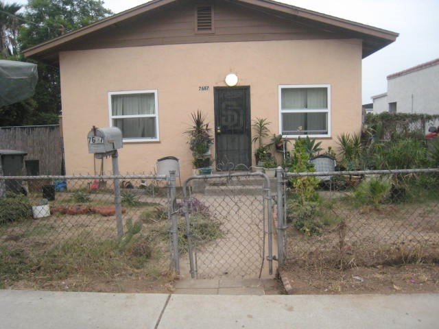 7687 Lemon Ave, Lemon Grove, CA 91945