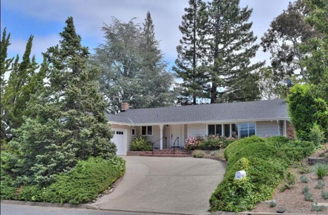 151 Gabarda Way, Portola Valley, CA 94028