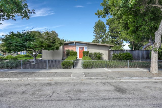 897 Lakehaven Drive, Sunnyvale, CA 94089