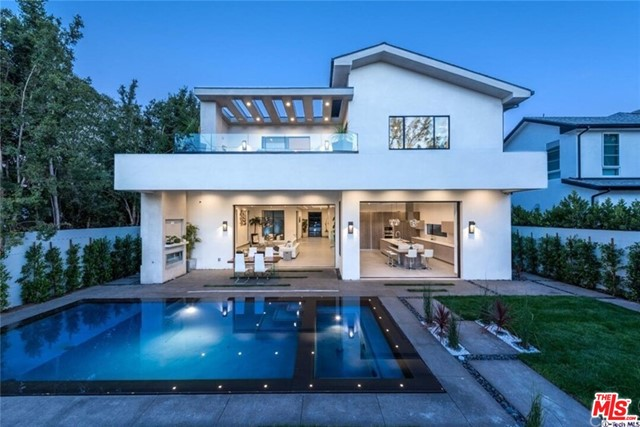 4445 CAMELLIA Avenue, Studio City, CA 91602