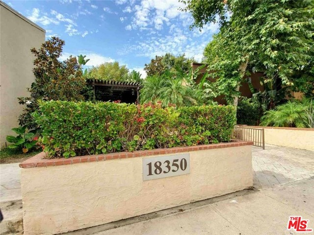 Photo of 18350 W HATTERAS Street #178, Tarzana, CA 91356