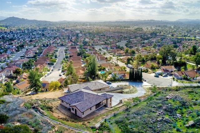 718 Stoneybrae Place, Escondido, CA 92027