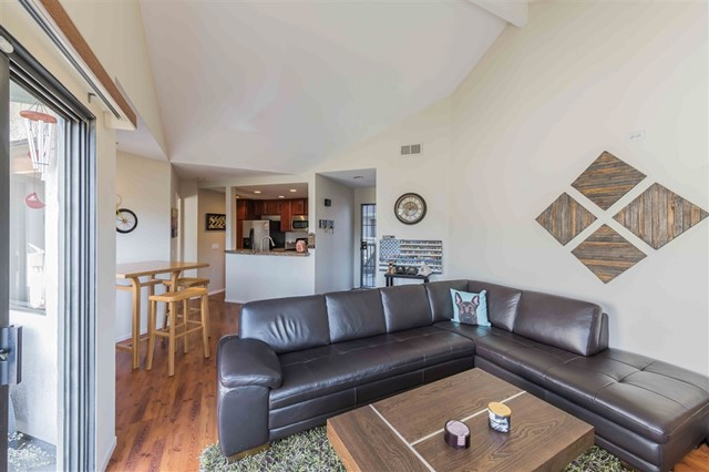 3021 CHARWOOD CT, Spring Valley, CA 91978