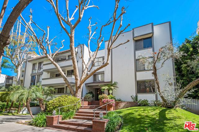 406 N Oakhurst Drive 304, Beverly Hills, CA 90210